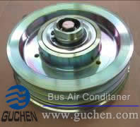 electromagnetic clutch in Rooftop Bus Air conditioning